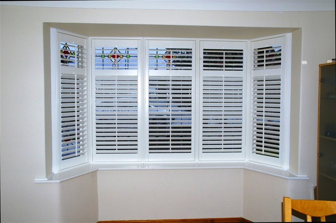 Bay window shutter images for Window shutters