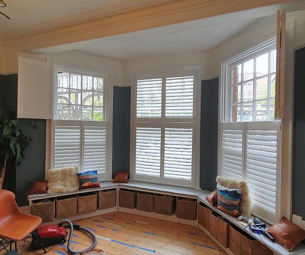 Tier on tier window shutters
